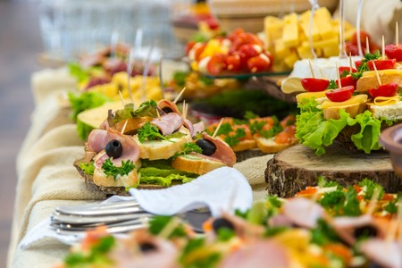 83546762 s-hapjes-buffet-catering